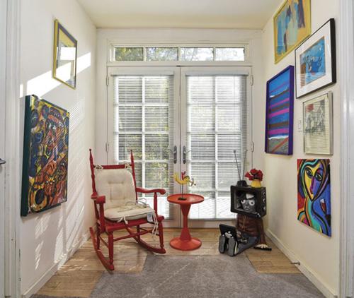 Art displayed at Stately Goldmanor