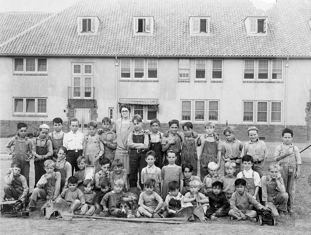 Sacramento Children's Home in 1927