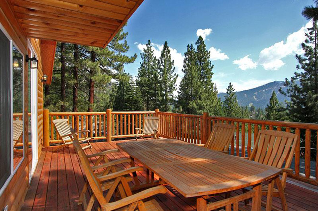 Tahoe Vacation Home Deck