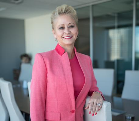 Marcia Augsburger, Partner