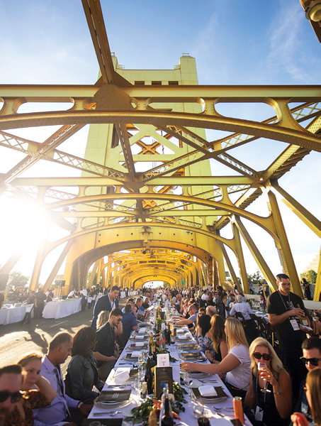 sacramento's tower bridge dinner