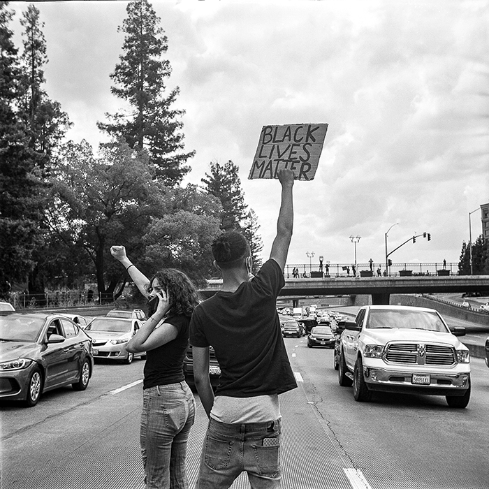 protesters on freeway