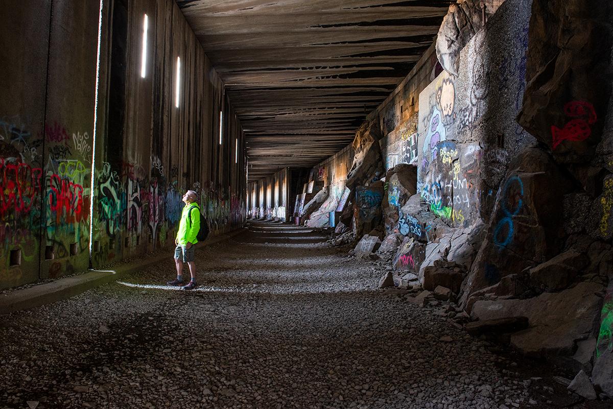 inside donner railroad tunnels